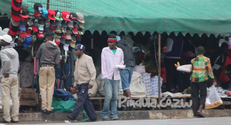 Second-hand clothes 2nd-hand smuggling arrested