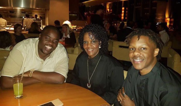 Wicknell Chivayo, Grace Mugabe, Robert Mugabe Jr Having a meal