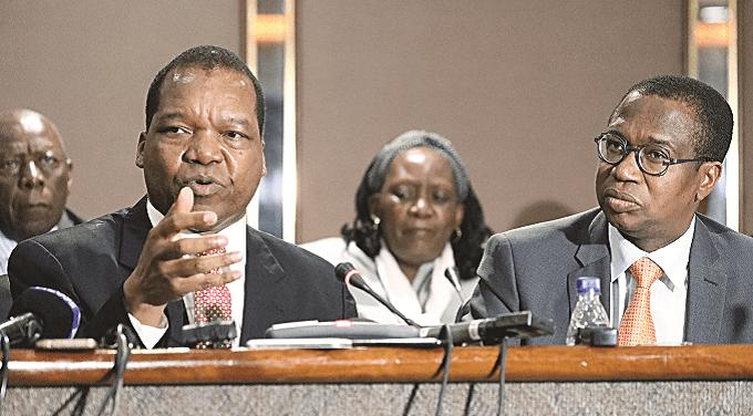 """RBZ Governor Meets Business Community Over """"Pricing Madness"""""""