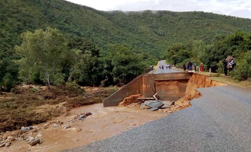 Mvumvumvu Bridge Cyclone Idai Featured