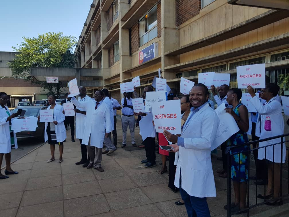 Doctors intend to leave Zimbabwe for greener pastures