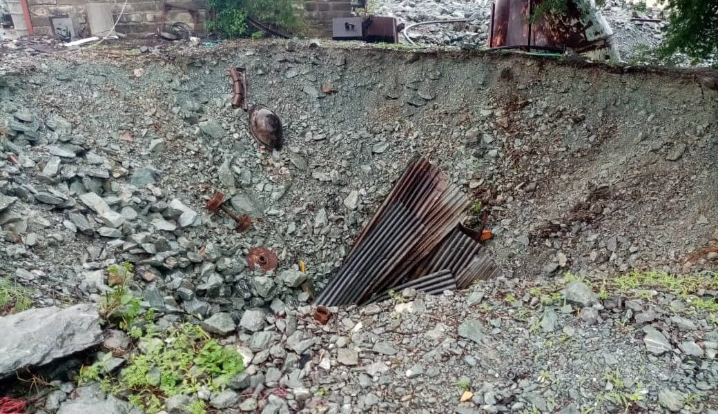 Mine shaft collapse
