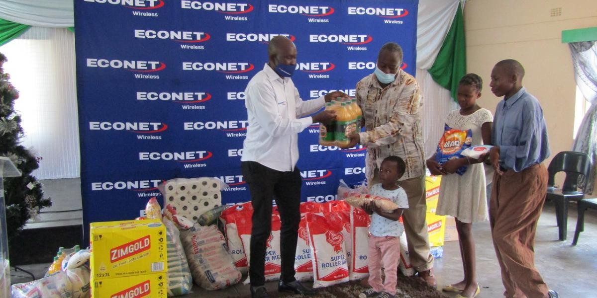 Econet Donates To Masvingo Old People's Home