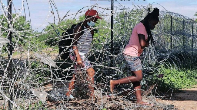 Border Jumpers