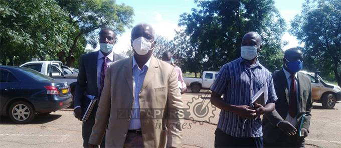 Ignatius Chombo arriving at the Harare Magistrates court