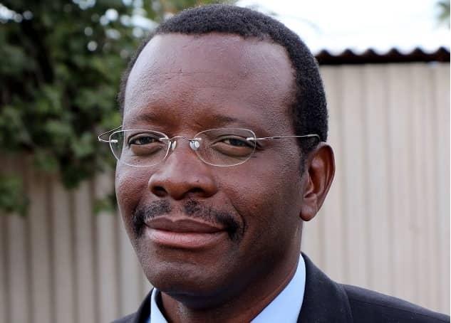 Professor Solwayo Ngwenya
