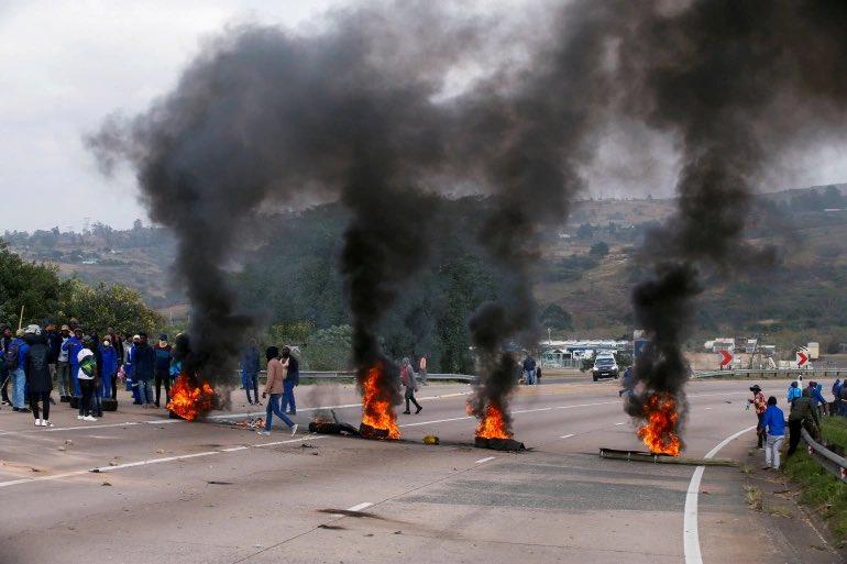 Zuma Arrest violent Protests 72 died killed
