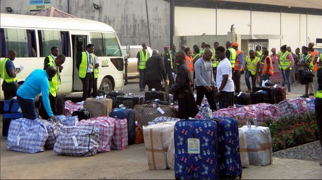Deported more people Zimbabweans from UK stuck at quarantine centre went to uk as a kid Zimbabwe nothing to do with deportations