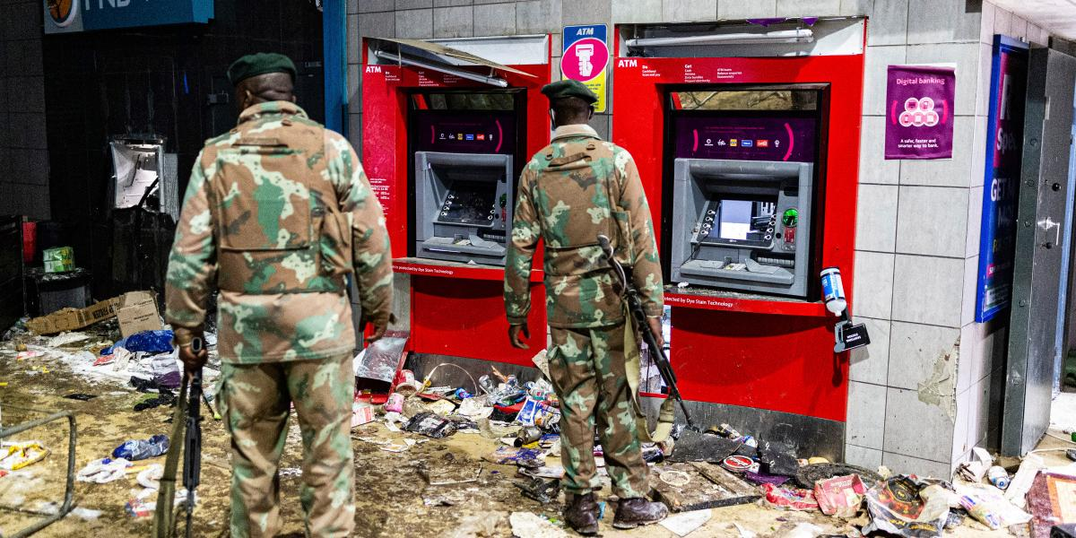 South Africa Unrest Vandalised ATM six instigators arrested SA Soldiers Arrested For Aiding Smuggling Of Stolen Cars To Zimbabwe